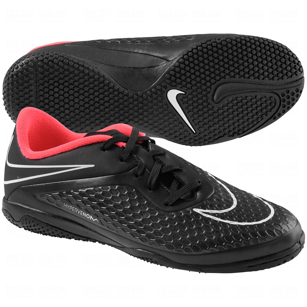 nike indoor soccer shoes for youth