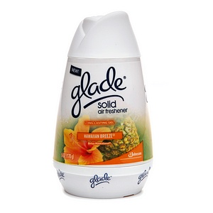 The innovative Glade sense and spray automatic air The innovative Glade sense and spray automatic air freshener detects when you pass by instantly releasing a burst of fragrance into the air. Equipped with motion sensor technology it cuts down on waste and conserves refills by automatically freshening only when you need it most.