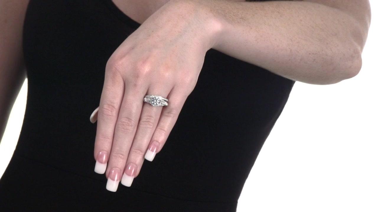 Diamond Frame Vintage-Style Flower Bridal Set in 14K White Gold 1-1 ...