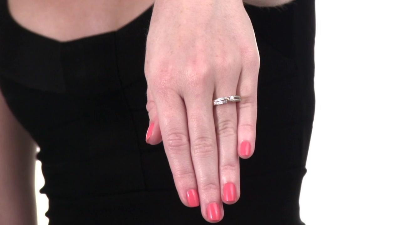 Diamond Split Shank Promise Ring in 10K Gold 1/4 CT. T.W. classic ...