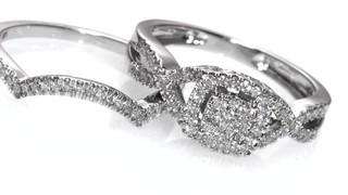 12 CT TW Diamond Cluster Twist Shank Bridal Set in 10K White