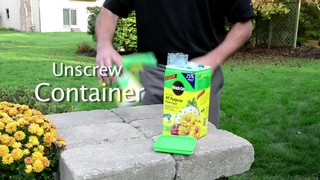 Easy Way To Feed Your Landscape Or Garden With Miracle Gro Feeder