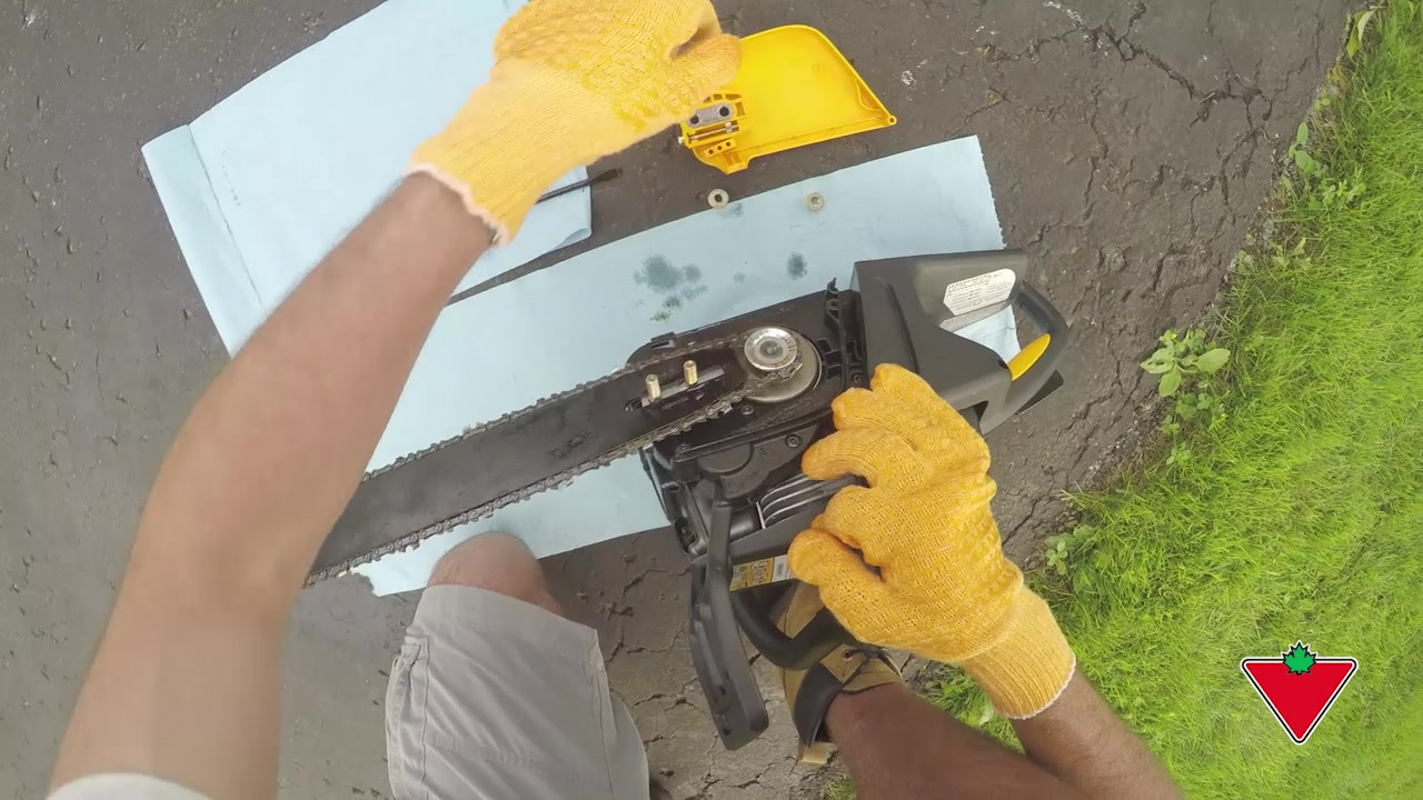 Driving gloves canadian tire - How To Winterize Your Equipment Chainsaw