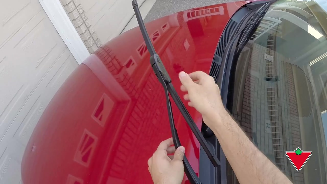 How to change a windshield wiper