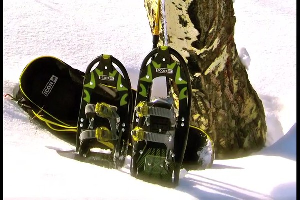 Yukon Charlie s Pro-Guide Aluminum Snowshoes and Poles