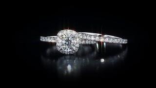 cushion cut 1 60 ctw diamond platinum wedding set welcome to